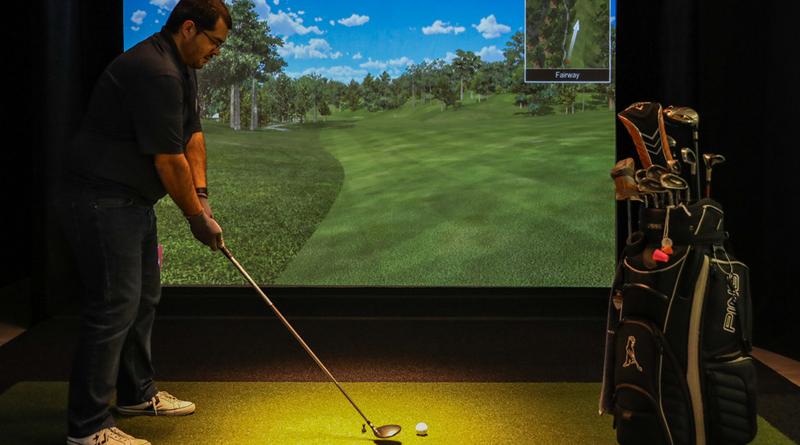 Lounge Golfe, em Vila Nova de Gaia: tacadas na bola, faça chuva ou faça sol