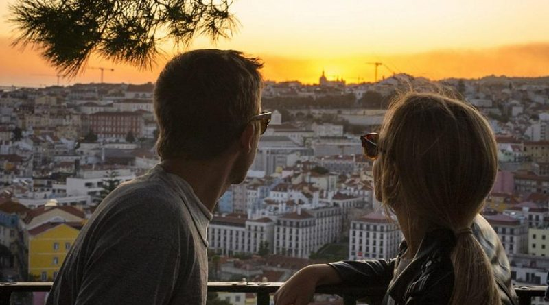 Dia de S. Valentim: passear entre miradouros, nas altas colinas de Lisboa